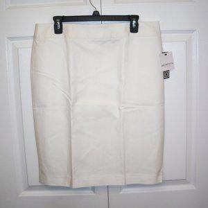 Liz Claiborne Skirt, White, size 12